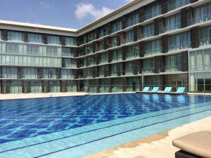 Kempinski Hotel, Accra Ghana. African American in West Africa Jouelzy's Travel Vlog